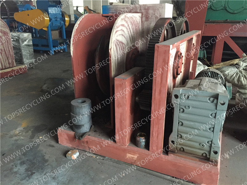 Mechanical Double Hook Waste Tire Debeading Machine